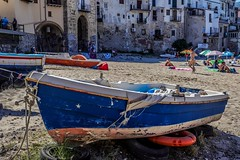 Boat (sixlsi) Tags: boat beach city oldtown historical italy sicily cefalu