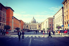 IMG_20171106_145838 (AndyMc87) Tags: honor 8 travel rome vatikan roma rom holiday people walk promenade peters dom stpeters church