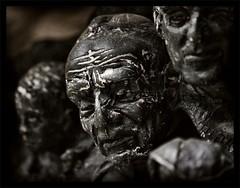 (motorhand2) Tags: bremerhaven deutschland geestemünde bremen figur figuren skulptur statue denkmal sculpture art kunst artist face gesicht hand hände
