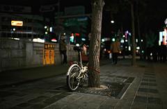 ... (june1777) Tags: snap street seoul jongro night light bokeh leica m6 cosina nokton voigtlander 35mm f12 fuji superia xtra 400