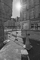 Work in Progress IX (Tonton Gilles) Tags: alençon normandie hdr noir et blanc soleil rayons plot travaux chantier paysage urbain