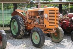 Renault R 3040 (samestorici) Tags: trattoredepoca oldtimertraktor tractorfarmvintage tracteurantique trattoristorici oldtractor veicolostorico r3040