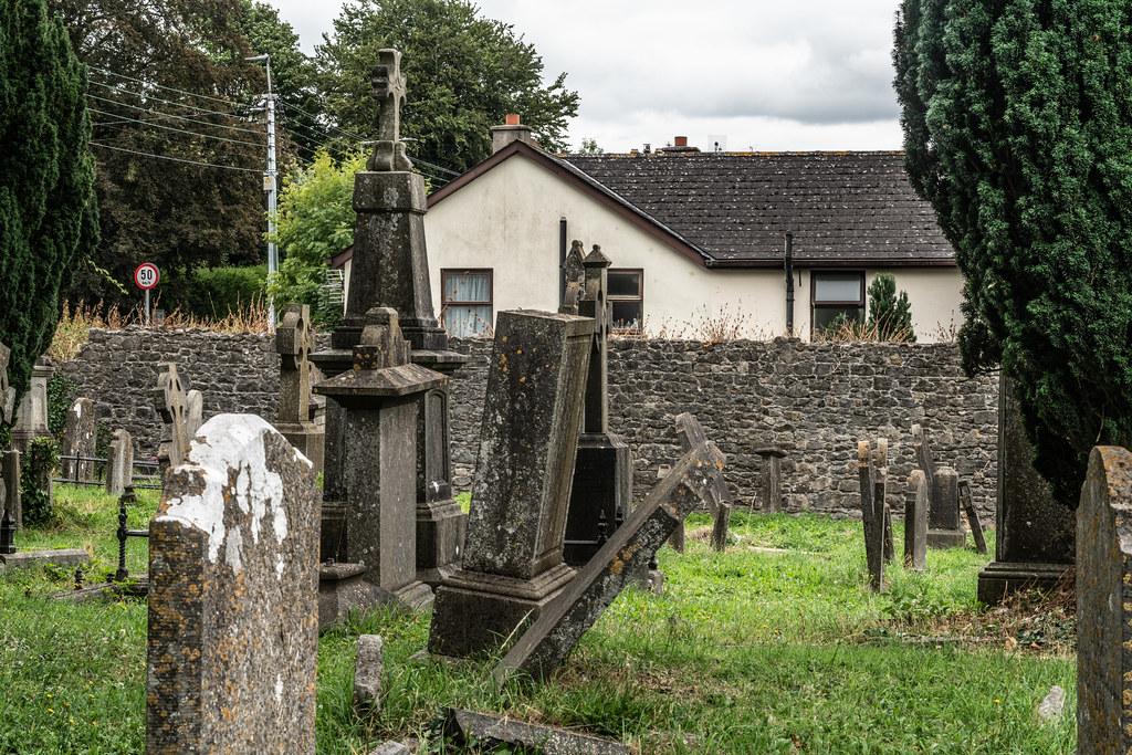OLD CHURCHYARD KNOWN AS ST. JOHN'S [DUBLIN ROAD KILKENNY]-142917