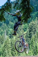 MTB-125 (Diving Pete) Tags: bicycle chatel france frenchalps gregorypawera intobeyondphotography location mtb mtbriders mountainbike people prelajoux rebouljamatchatelmtbbikepark shows