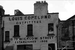 Louis Copeland (grundi1) Tags: sony alpha 300 irland ireland dublin black and schwarzweis schwarz weis white louis copeland