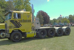 International 5-axle tractor (PAcarhauler) Tags: ih international semi tractor truck coe cabover