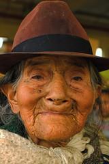 Street Portrait, Old Woman, Cuenca, Ecuador (klauslang99) Tags: klauslang streetphotography people person portrait woman old hat face