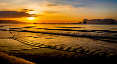 Sunrise from Algeciras (Trevor Bowling) Tags: algeciras gibraltar andalucia 2018 spain espana sea bay waves sunrise sun clouds sky silhouette morning tide shore am haze d3200 nikon bahia