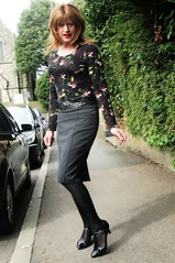 Traffic Watching (Amber :-)) Tags: grey pencil skirt tgirl transvestite crossdressing