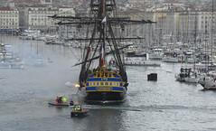 tir au canon dans le vieux port (christian.man12) Tags: port vieux gréément hermione mer