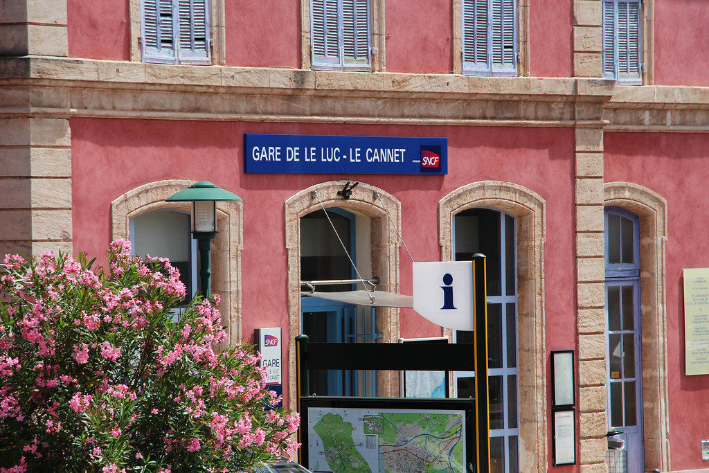 5-Gare_SNCF_1