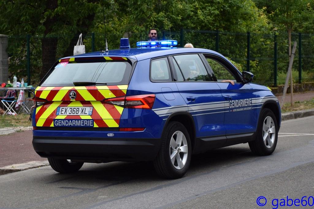 Skoda au service de la police - Page 6 43780537981_52baa3f1f9_b