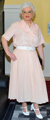 Ingrid027105 (ingrid_bach61) Tags: pleatedskirt faltenrock buttonthrough durchgeknöpft blouse bluse mature