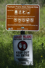 Pesticide Spraying Warning Signs at Puchyan Prairie State Natural Area, Wisconsin (Bryan E. Reynolds) Tags: greenlakecounty puchyanprairiestatenaturalarea wisconsin signs warning warningsigns