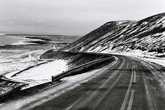 sillons (asketoner) Tags: road iceland winter roadtrip car snow lines mountain ocean water sky landscape reykjanes peninsula