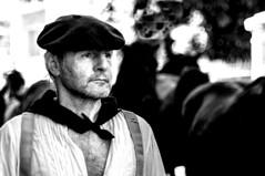 Autrefois le Couserans (Ariège) (PierreG_09) Tags: ariège pyrénées pirineos couserans fête manifestation tradition saintgirons autrefoislecouserans portrait bw nb noiretblanc homme béret