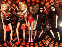 💎Meninas a 3👭 (FranBoy Monteiro) Tags: doll dolls toy toys boneco bonecos boneca bonecas cute pretty beauty love amor fashion fashionista fashionistas moda outfit clothes look model models gay gayguy guy boy fun diversão cool handsome awesome barbie ken orange black princess