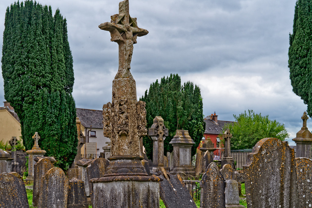 OLD CHURCHYARD KNOWN AS ST. JOHN'S [DUBLIN ROAD KILKENNY]-142933
