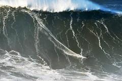 SEBASTIAN STEUDTNER  / 3340LFR (Rafael González de Riancho (Lunada) / Rafa Rianch) Tags: surf waves surfing olas sport deportes sea mer mar nazaré vagues ondas portugal playa beach 海の沿岸をサーフィンスポーツ 自然 海 ポルトガル heʻe nalu palena moana haʻuki kai olahraga laut pantai costa coast storm temporal
