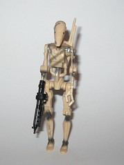 battle droid sliced version star wars episode 1 the phantom menace collection 1 basic action figures 1999 hasbro i (tjparkside) Tags: battle droid sliced version star wars episode 1 phantom menace collection basic action figures 1999 hasbro slash slice damage droids one tpm figure versions variant variants backpack blaster pistol pistols blasters trade federation army foot soldier soldiers commtech chip display stand base roger