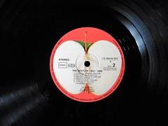 The Beatles (Hannelore_B) Tags: schallplatte vinyl vinylrecord thebeatles blackbeauty smileonsaturday