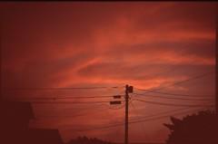 (✞bens▲n) Tags: leica m4 velvia 100f summilux 50mm f14 film analogue slide sky japan sunset evening clouds orange