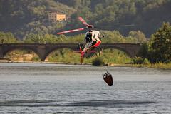 1S0A1521 (maxxxmat) Tags: canon eos maxxxmat maxxxmatgmailcom massimiliano ali wings alberi trees acqua water umido wet elicottero antincendio