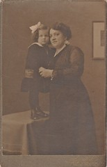 MY LITTLE GRANDMA AND GREAT GREAT AUNT IN SUMMER 1904 (richie 59) Tags: inside richie59 people woman oldphotograph olddays relitives oldpicture oldphoto blackandwhite film photoscan filmcamera filmphotography child girl germany europe blackwhitepicture photograph photo oldtime spandaugermany spandau 1904 1900s studio