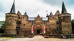 DSC00191 (Lцdо\/іс) Tags: netherlands paysbas chateau castle kasteel helmond voyage brabant rock historic medieval old août august 2018 architecture clouds day daytrip citytrip lцdоіс europe europa