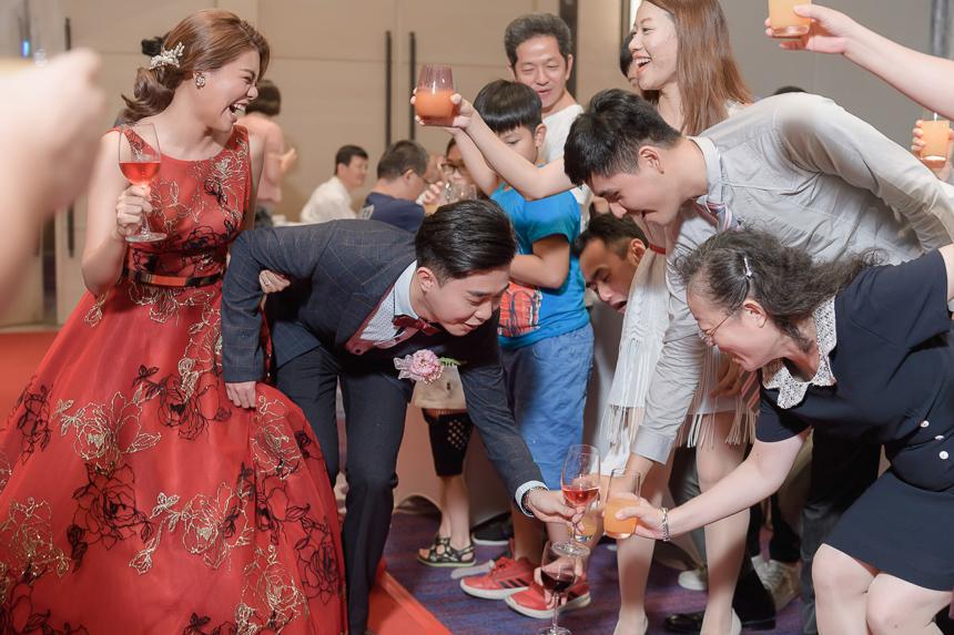 29293084177 224a9c892e o 超high婚禮進場方式與小遊戲!讓你的婚禮絕不冷場~
