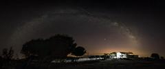 Via Lactea VS Las Perseidas (josemariaruizfotografia.com) Tags: víalactea milkyway milky via stars estrellas cielo sky nocturna night luz light panoramica panoramic panorama pano panorámica torcal antequera españa andalucía