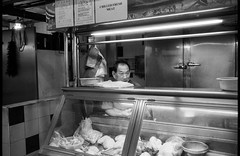 Chilled Fresh meat (waex99) Tags: 2018 35mmf2asph august extreme leica m6 redhill singapore summicron ultrafine lugs market street man homme marché meat viande boucher butcher analog argentique life chinese chinois metal foodstall food stall