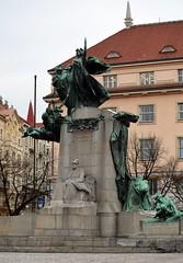 Prag - Denkmäler & Skulpturen - 12 (fotomänni) Tags: denkmal statue skulptur skulpturen sculpture prag praha prague manfredweis