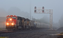 Eastbound CN led train with some light fog at Kendallville Indiana (Matt Ditton) Tags: cn kendallville train railroad indiana fog
