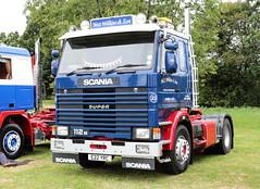 Mat Wilkins and Son 1987 Scania 112M E22YRC Paddock Wood Truckfest 2018 (davidseall) Tags: mat wilkins son 1987 scania vabis 112m e22yrc e22 yrc truck lorry tractor unit artic large heavy goods vehicle lgv hgv paddock wood truckfest show 2018