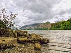 Derwentwater and Cat bells (Ian Gedge) Tags: england uk britain cumbria lakedistrict lake derwentwater fells mountains water catbells keswick landscape