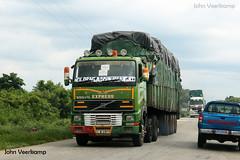 JV-2018-08-02-113 (johnveerkamp) Tags: trucks transport cote divoire ivory coast