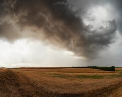 Amazing lights and shelf cloud!!! (Matteo Tidili Meteorologist) Tags: thunderstorm storm stormchasing stormchaser temporale tempesta campagna severe weather meteo sardegna sardinia landscape paesaggio