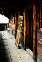 Almost 400 year old wood (mkk707) Tags: film meinfilmlab analog wwwmeinfilmlabde leicar7 leicasummiluxr50mm2ndmodel11776 kodakportra800 vintagelens vintagefilmcamera itsaleica austria österreich