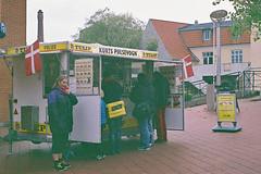 Danish Fastfood (m-og-m) Tags: fuji superia 800 sønderbro kolding denmark kodakretina1bschneiderkreuznachretinazenarf2 850mm
