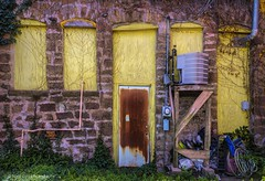 Private Property (Kool Cats Photography over 10 Million Views) Tags: wall colorful architecture oklahoma yellow yabbadabbadoo brick grass