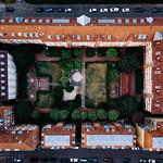 Bird eye view of a residential block in Germany / Vogelperspektive eines Wohnblocks in Deutschland thumbnail