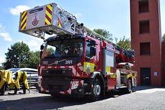Greater Manchester Fire & Rescue Service Brand New TL (Liam Blundell Photography) Tags: greater manchester fire rescue service gmfrs brand new tl turntable ladder 2018 plate emergency one eone leigh station volvo