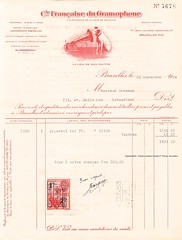 ANSSEAU, Fernand : Has bought a new gramophone! Brussels, 25/11/1934 (Operabilia) Tags: claudepascalperna goldenage opera fernandansseau mariecornélis tenor operabilia lirica dominiquejpréaux dominiquepréaux gramophone hismastersvoice emi