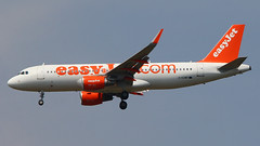 IMG_6739 G-EZWP (biggles7474) Tags: egkk lgw london gatwick airport gezwp airbus a320 a320214 easyjet