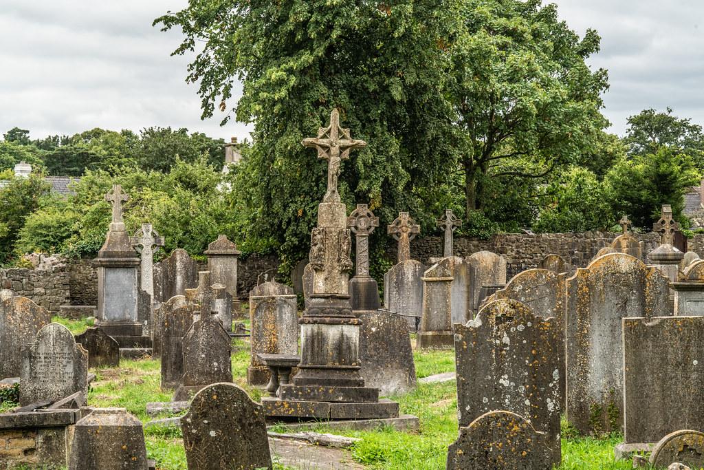 OLD CHURCHYARD KNOWN AS ST. JOHN'S [DUBLIN ROAD KILKENNY]-142932