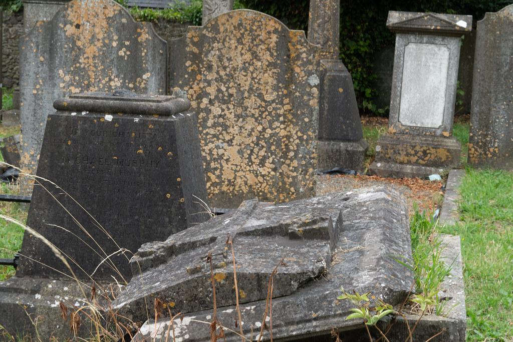 OLD CHURCHYARD KNOWN AS ST. JOHN'S [DUBLIN ROAD KILKENNY]-142942