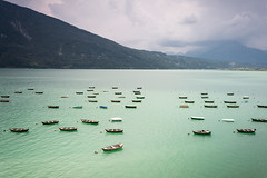 Lago di Santa Croce (christine thormählen) Tags: veneto santacroce barche
