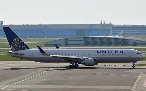 "United Airlines N675UA Boeing 767-322ER Winglets cn/29243-800 ""6675"" @ EHAM / AMS 08-04-2018"