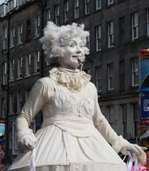Edinburgh Festival Fringe 2018. (Adrian Walker.) Tags: edinburgh fringe festival people costumes royalmile fringe2018 canon80d tamron edinburghfestivalfringe